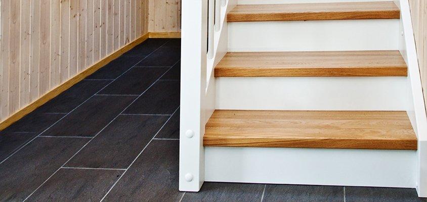 Standardutförande på sättsteg, tät trappa